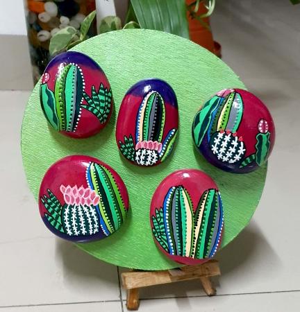 Cactus Slider 1/1