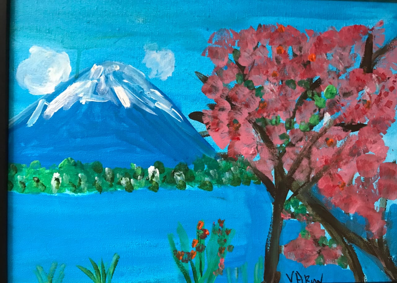 Mount Fuji with resplendent cherry blossoms Slider 1/1