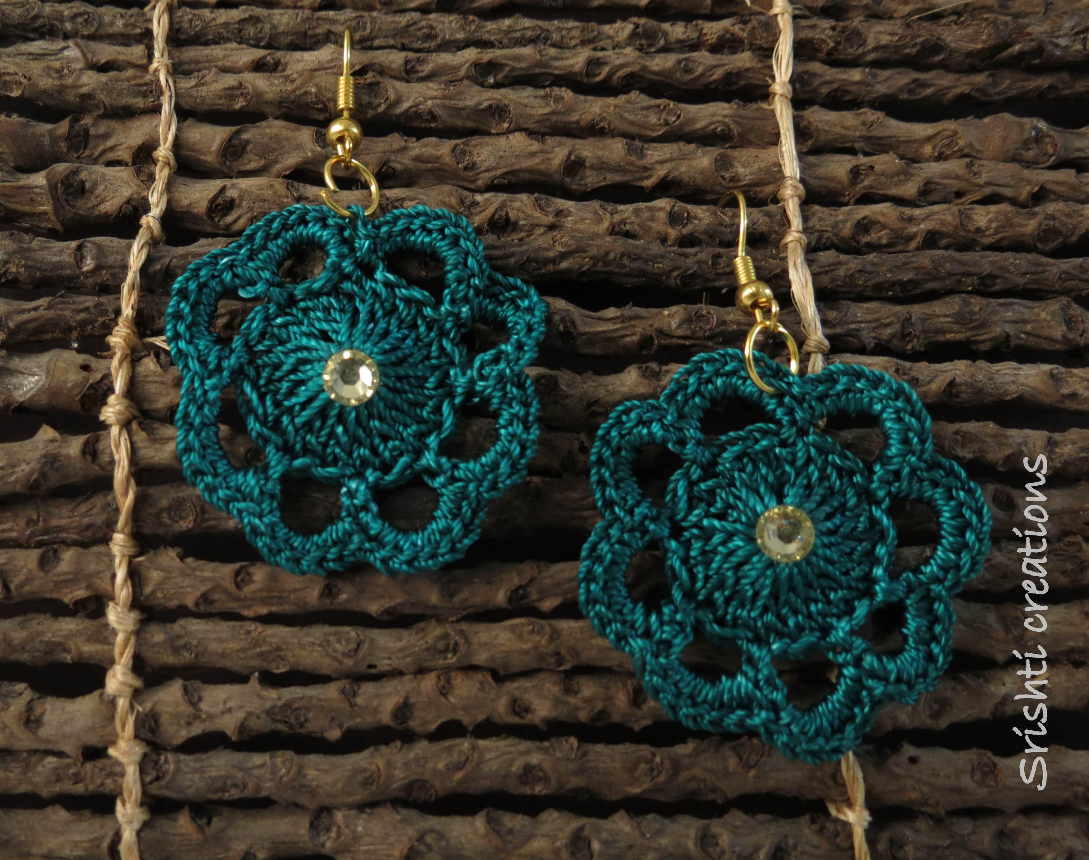 Crochet Earrings Slider Thumbnail 1/1