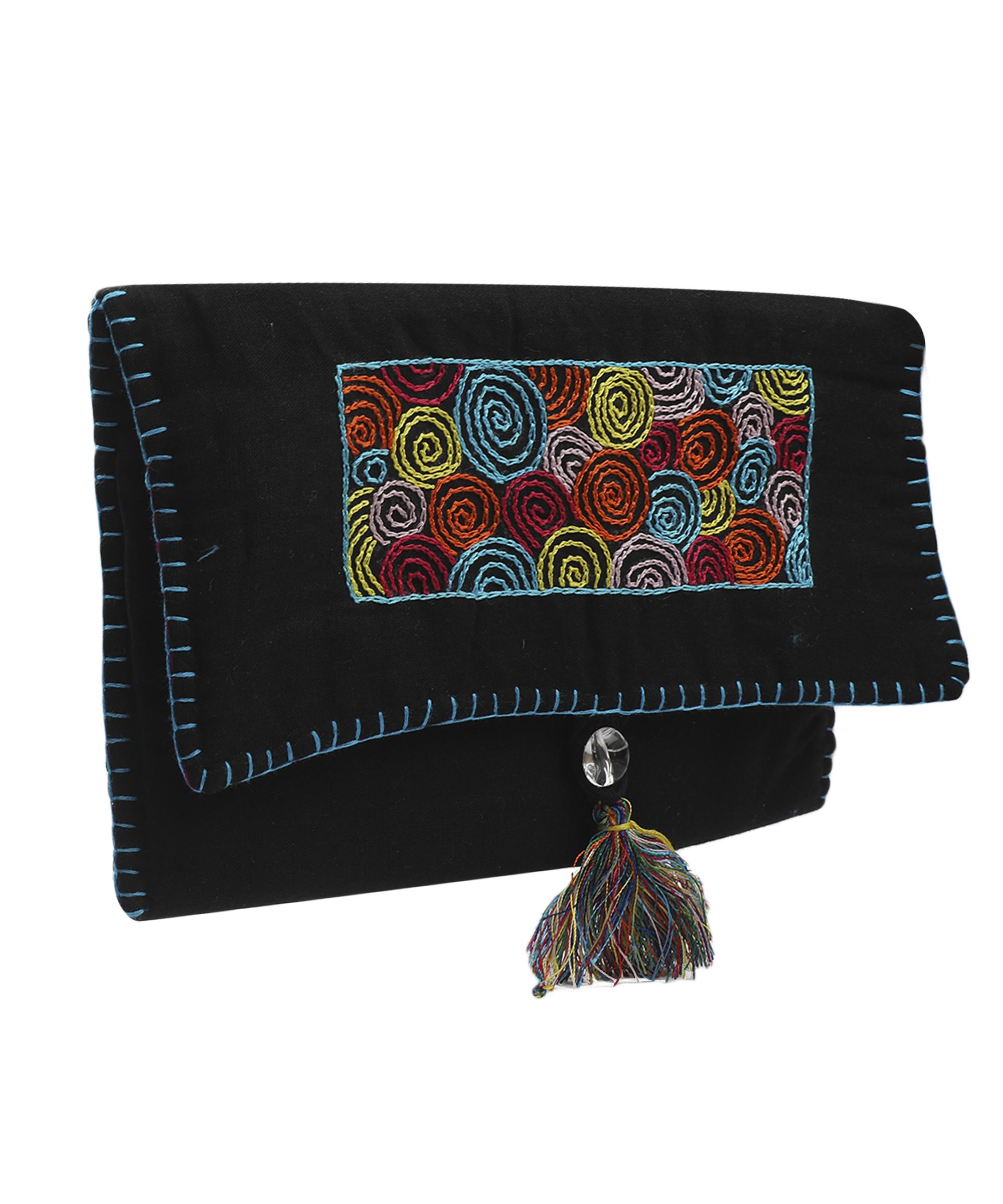 Women's Embroidered Clutch, Poplin Cotton Fabric (Spiral - Black)