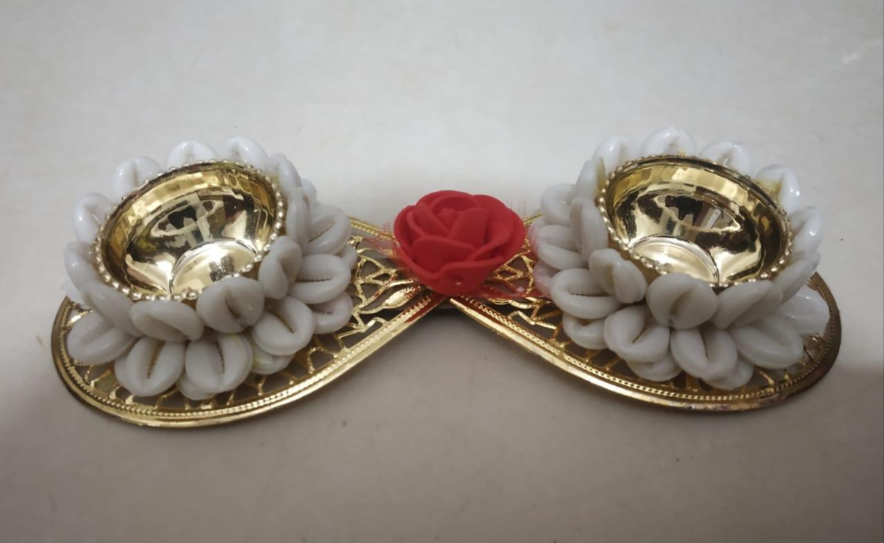 Kankavati Decorated with Shells (Roli & Chawal Platter)