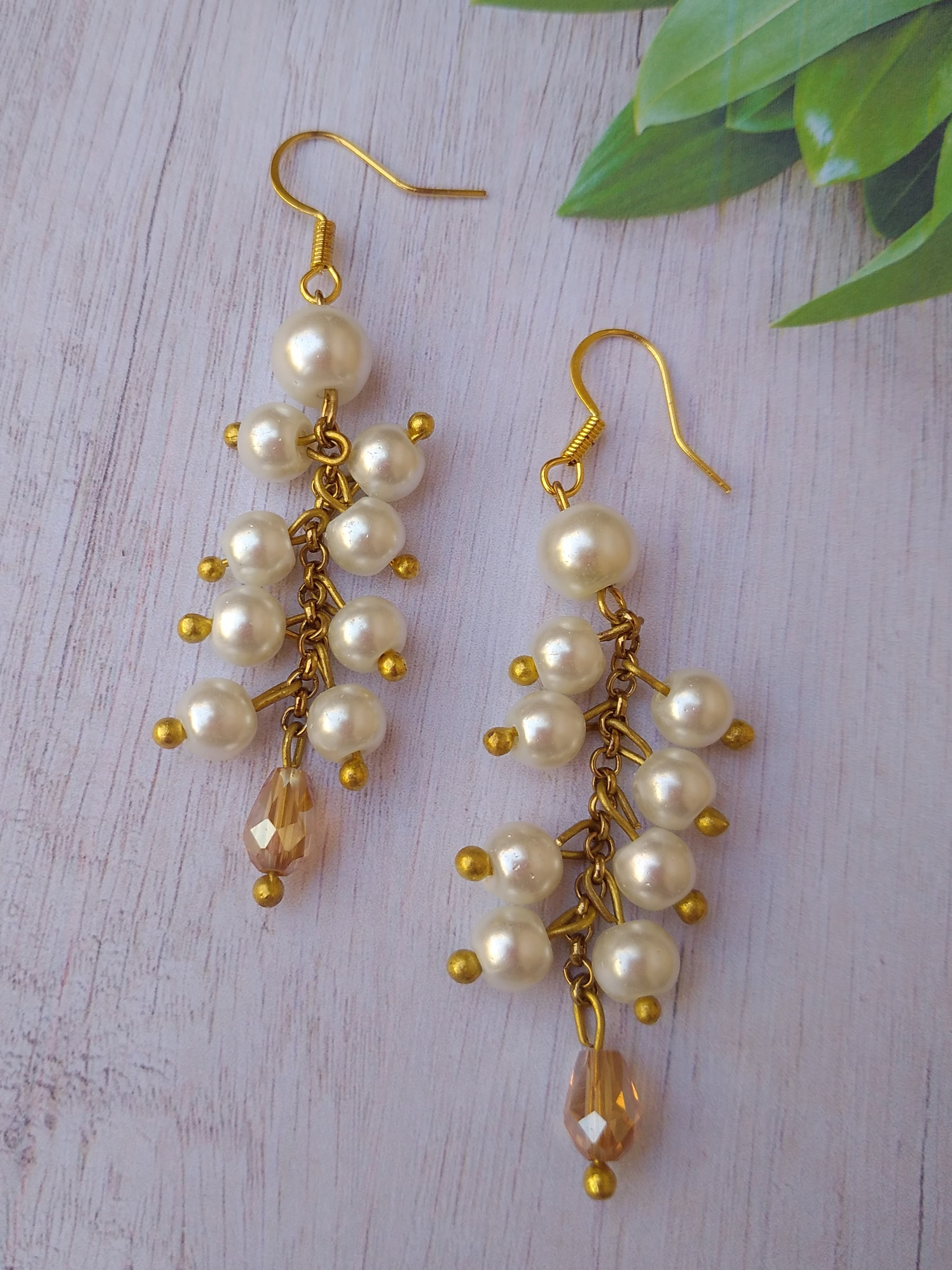 Women's Handmade White pearl Earrings