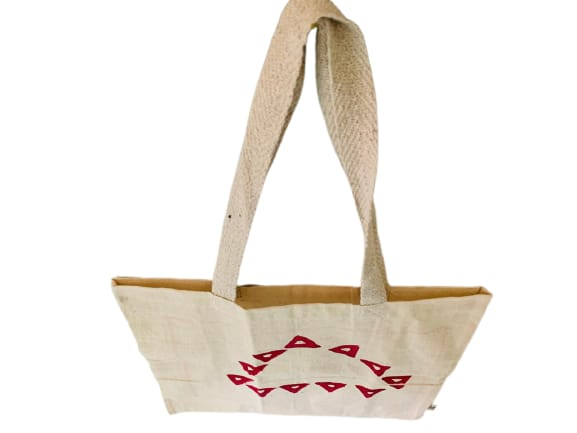 Kora Tote Bag with Red Triangles Slider Thumbnail 3/5