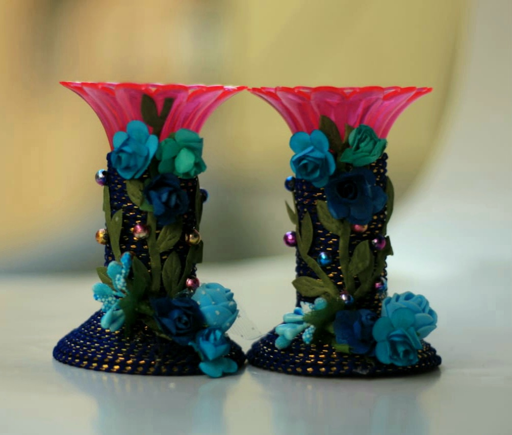 Assorted colors candle stands with Paper Flowers (Set of 2) Slider Thumbnail 7/8