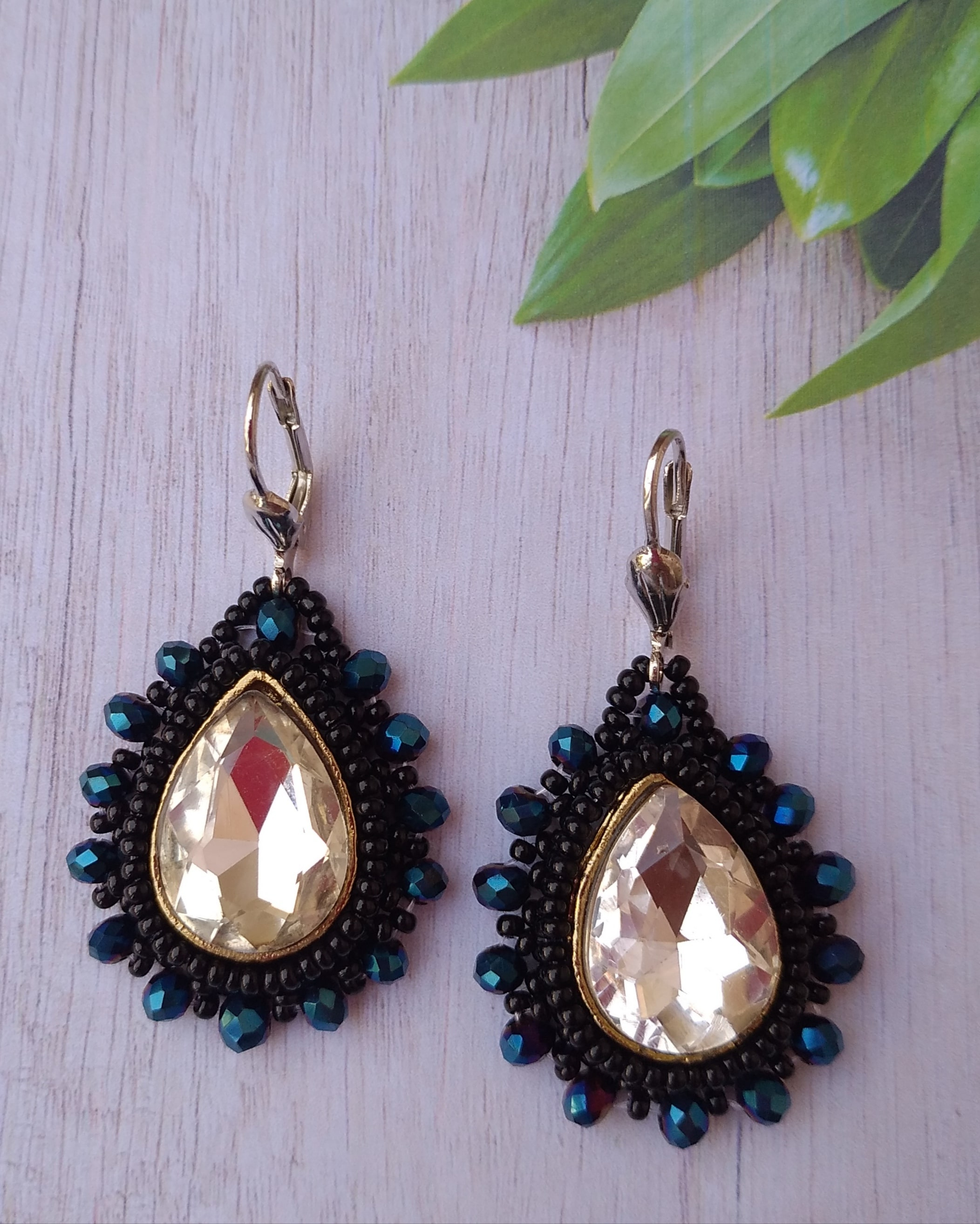 Women's Beaded Drop Earrings with Glittering Stone Work Slider Thumbnail 2/4