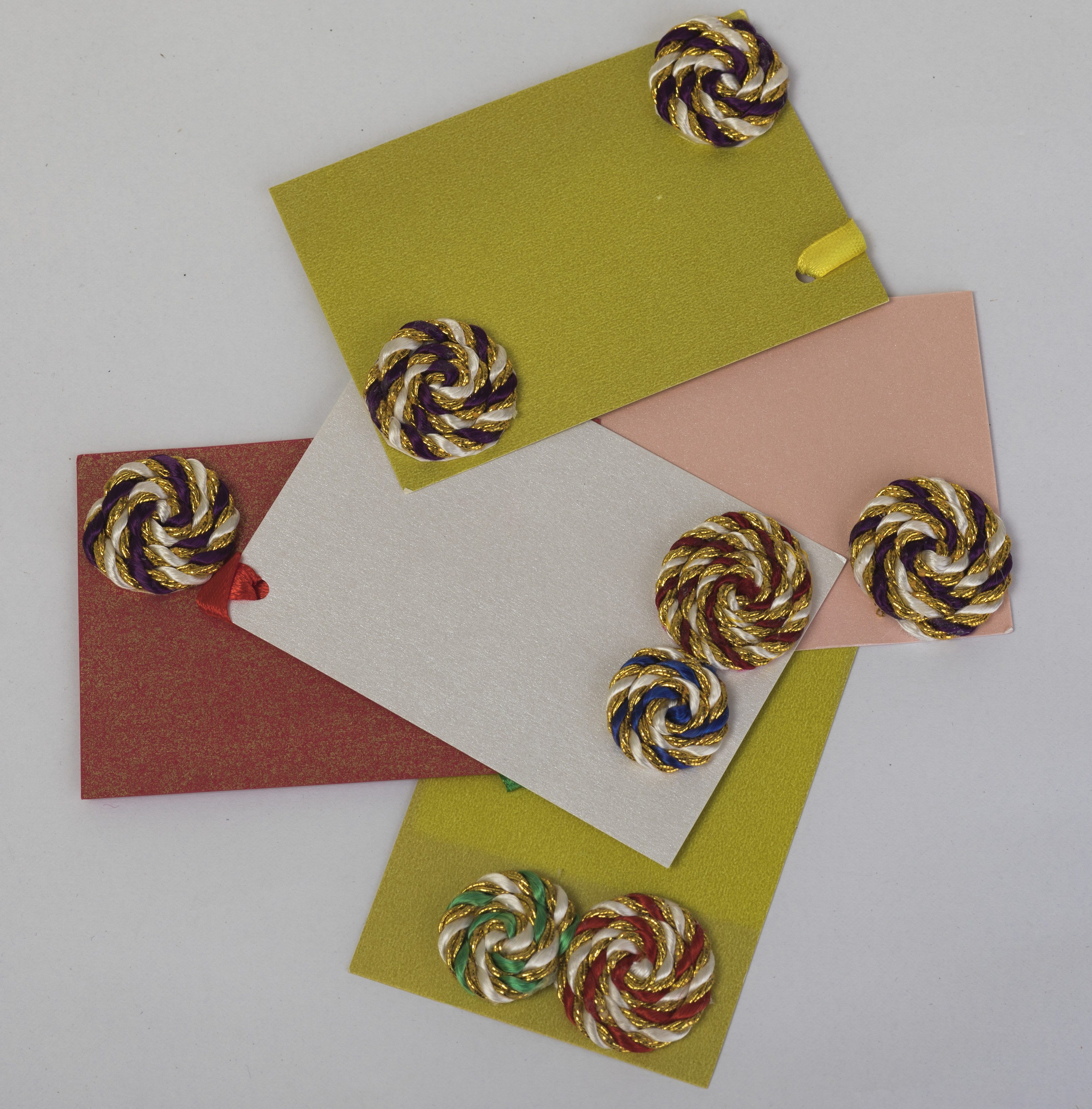Assorted Recycled Gift Tags (Pack of 12) Slider Thumbnail 3/3