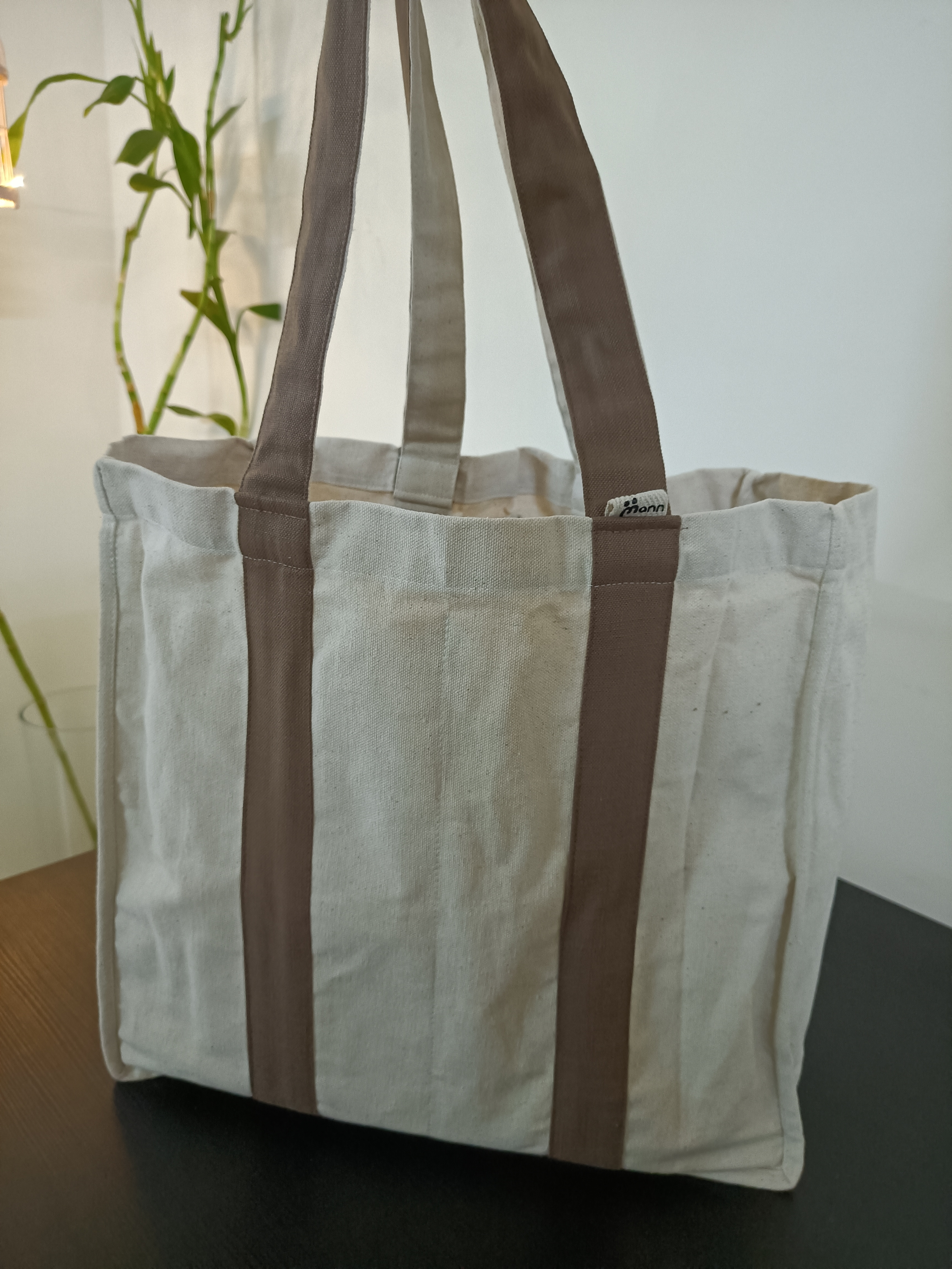 Market Bags with Inside Pockets Slider Thumbnail 2/4