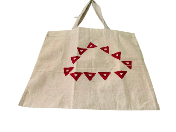 Kora Tote Bag with Red Triangles Slider Thumbnail 2/5