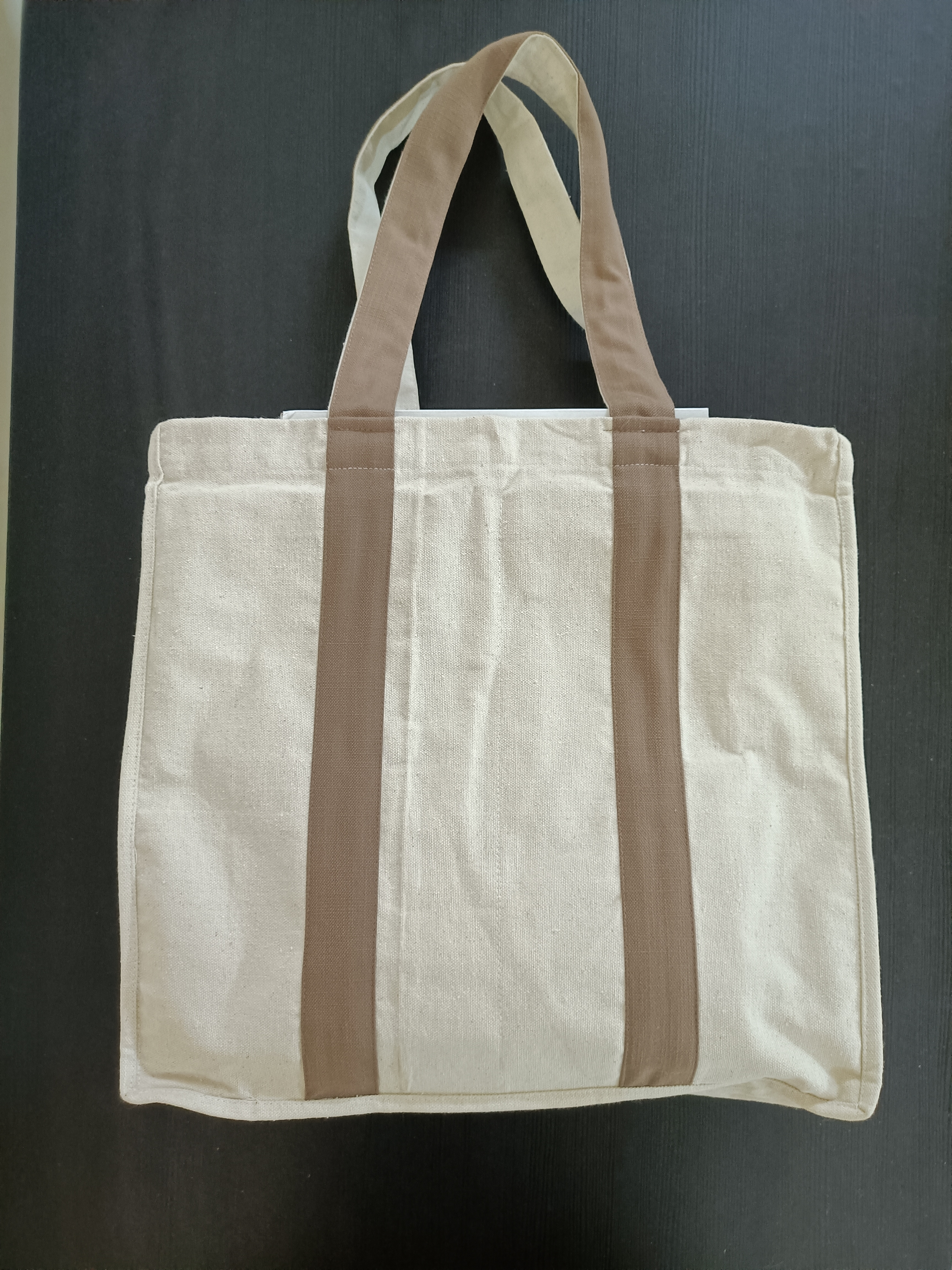 Market Bags with Inside Pockets Slider Thumbnail 1/4