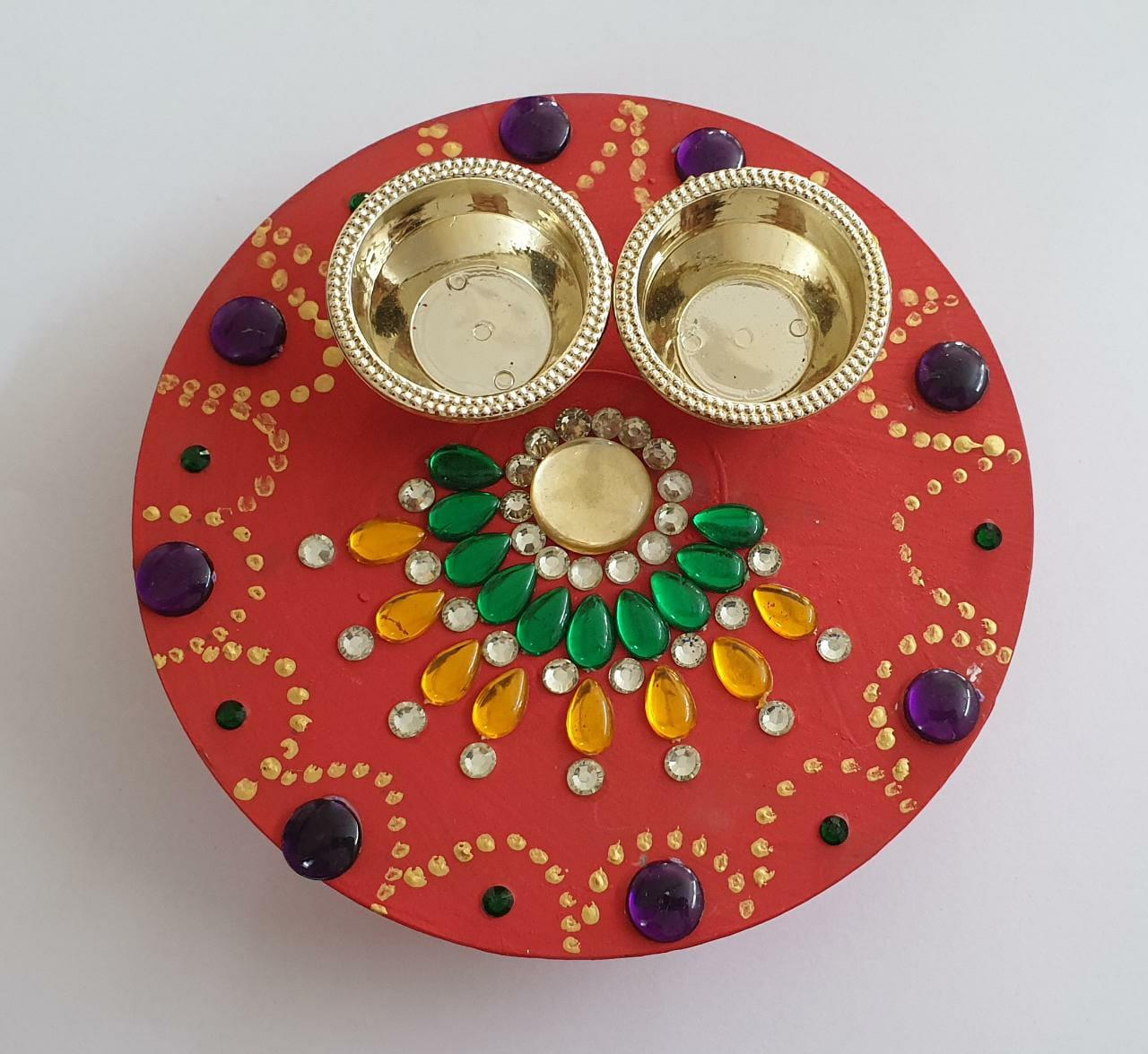 Diwali Hamper (Kumkum Chokha Plate, 4 Diyas, Roasted Almond, Roasted Cashew, Raisins, Honey) Slider Thumbnail 2/5