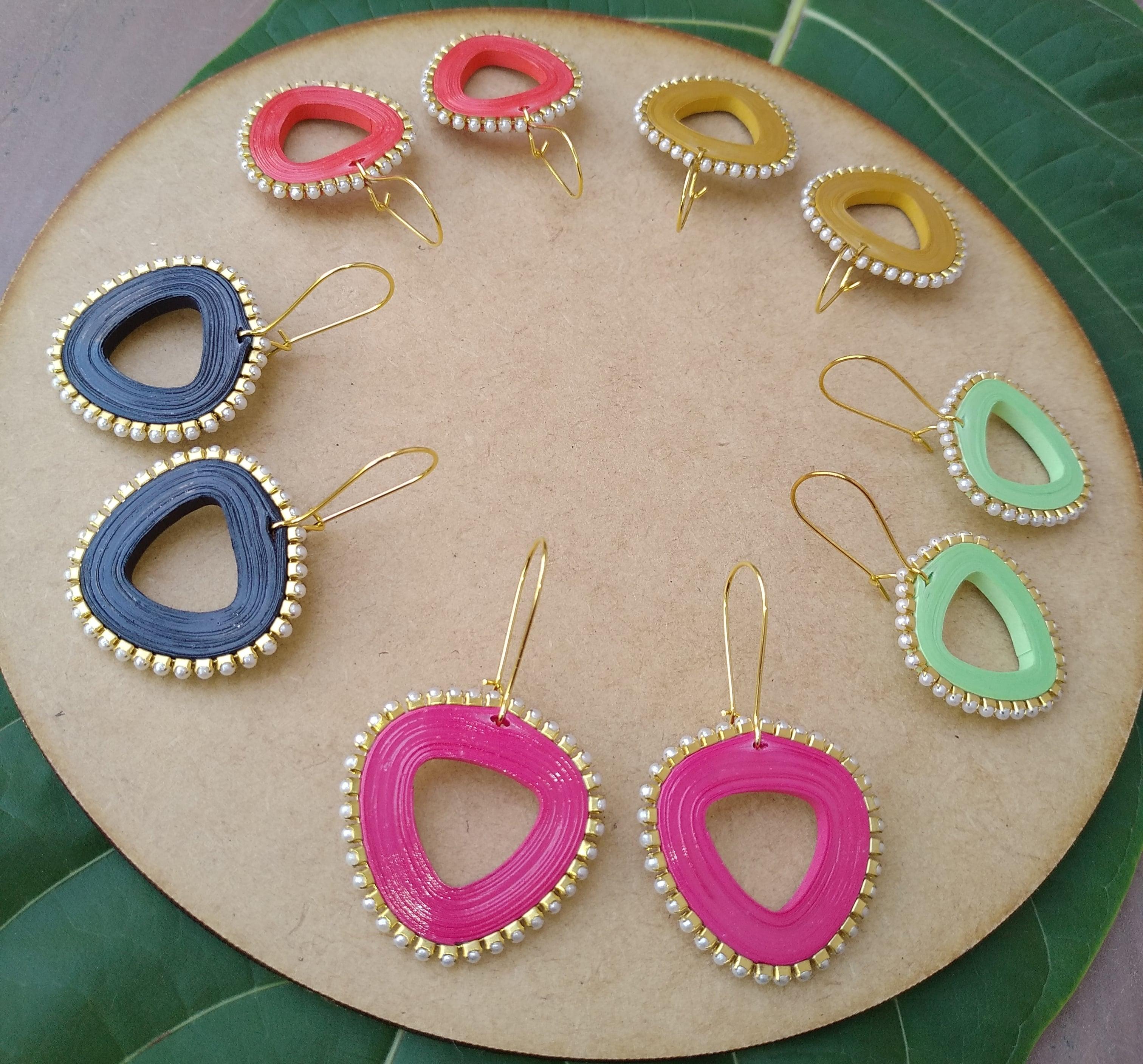 Women's Triangle drop Dangle Earrings Slider Thumbnail 6/6