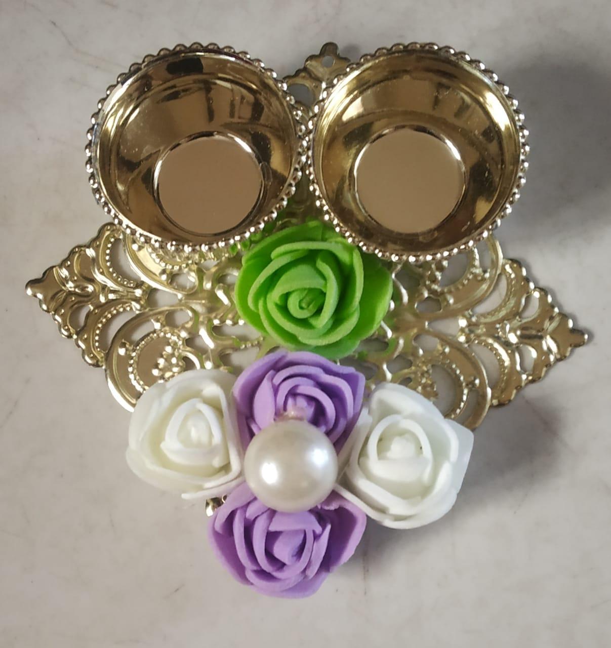 Square-shaped Decorative Kankavati (Roli & Chawal Platter) (Set of 2) Slider Thumbnail 1/1