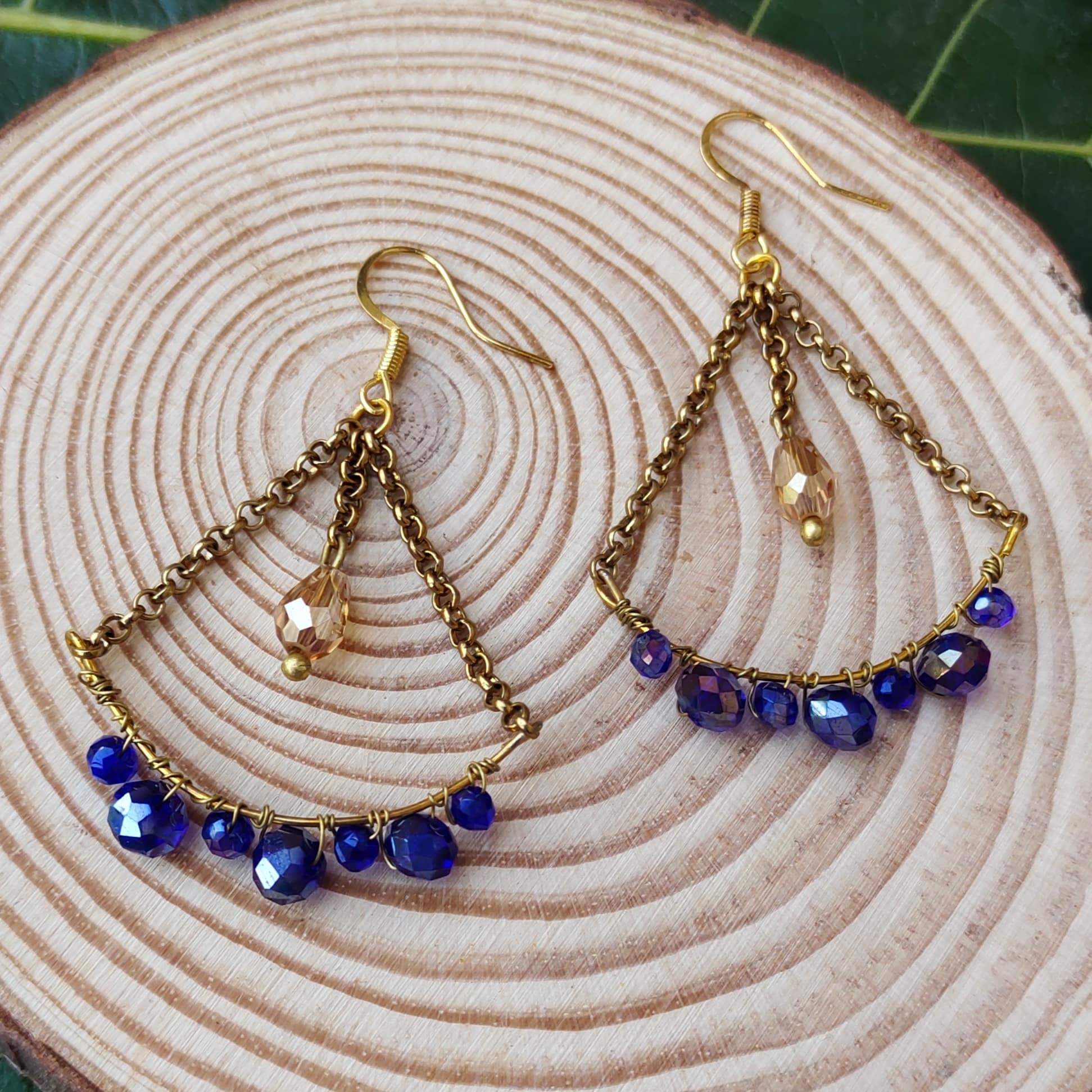 Women's  Handcrafted Wire Wrapped Drop Dangle Earrings Slider Thumbnail 1/3