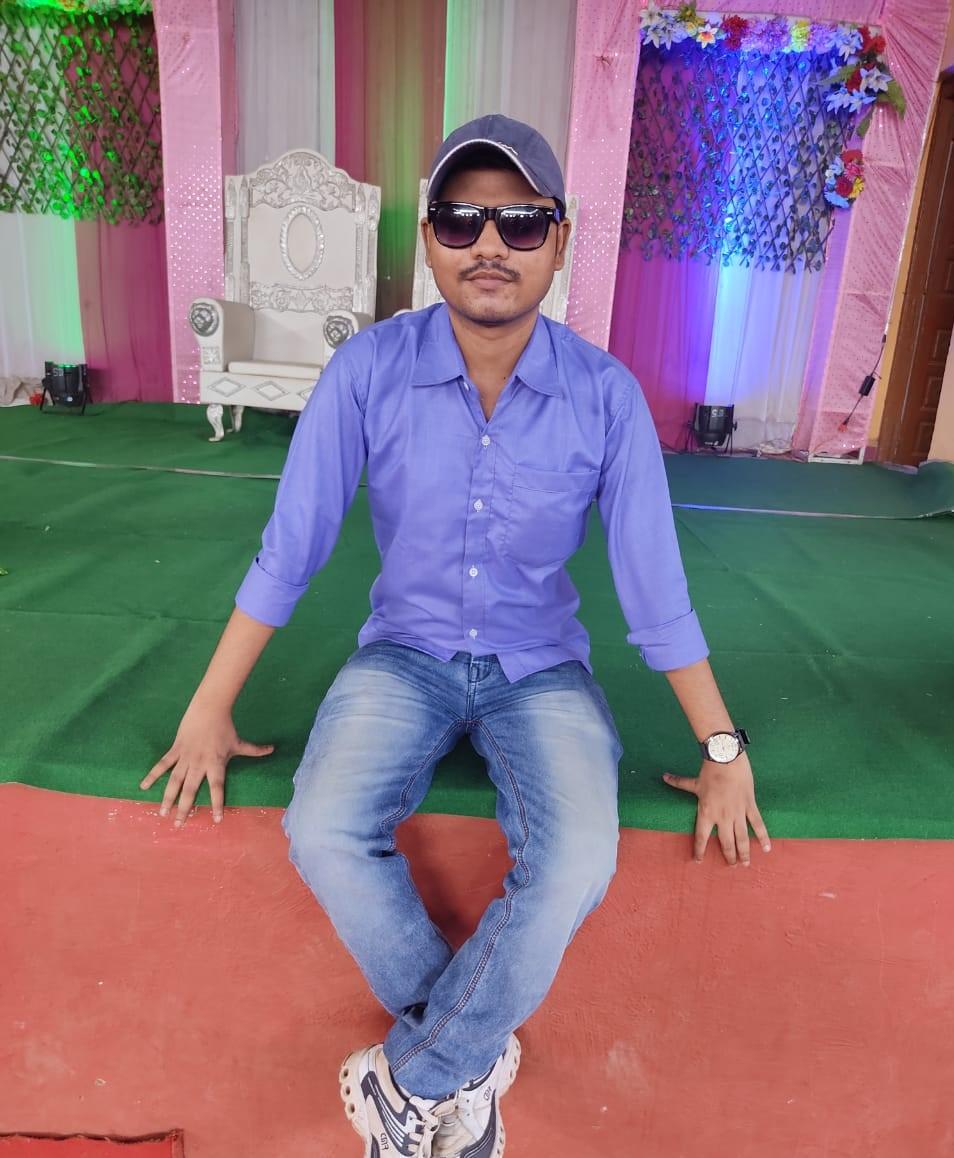 Mayur Dayanand Shinde