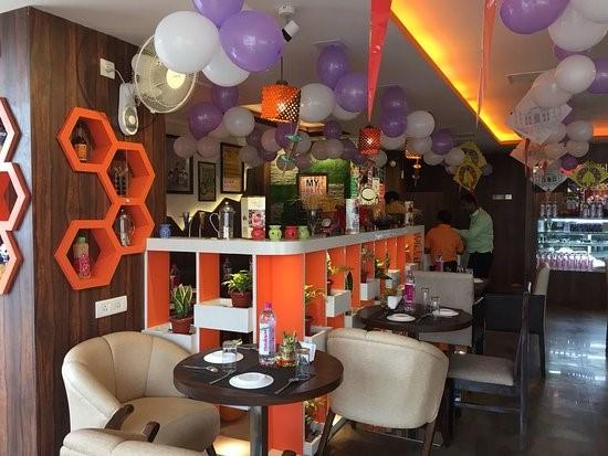 Cafebility IP SIgra Mall Varanasi